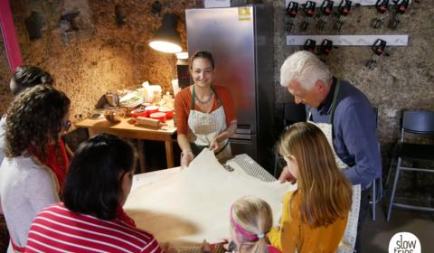 Apfelstrudeltraum in Omas Backstube - Vintage Cooking School